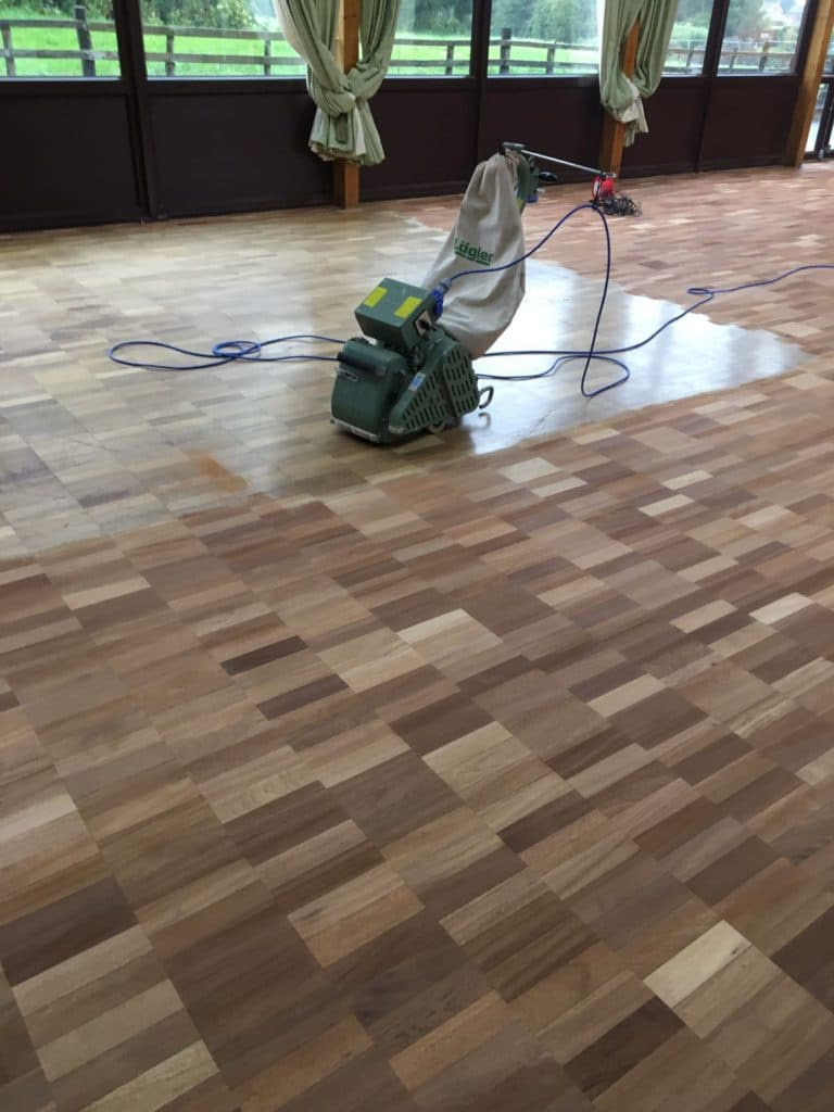 Commercial & Domestic Flooring Cleaning